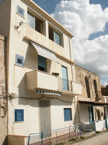 La casa nel Borgo - Porto Palo - Byt