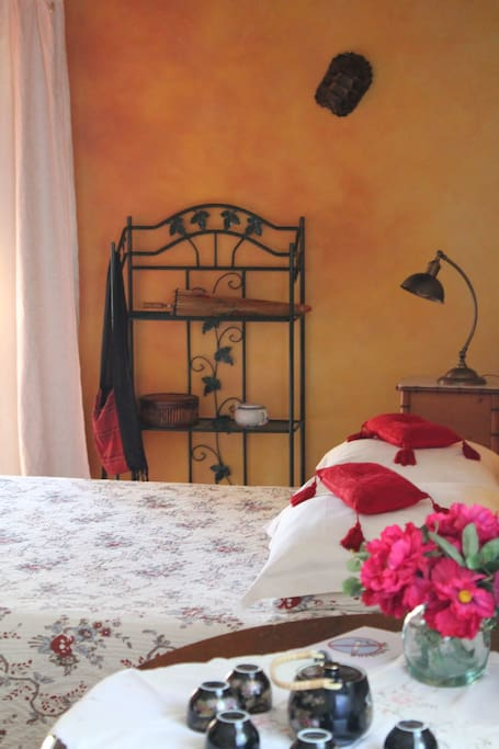 La mandarine chambres d 39 h tes louer piolenc for La chambre mandarine