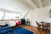 Luxurious apartment with canalview