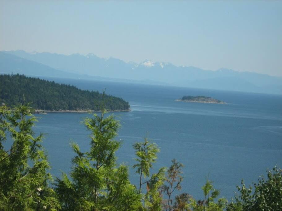 Nanoose Bay- 5 min drive away