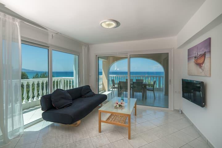 Playa Del Zante - 2 Bedroom Sea View Apartment