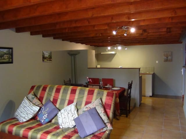 La Maison d'Art - Charming Holiday Cottage - Paizay-le-Chapt - Casa