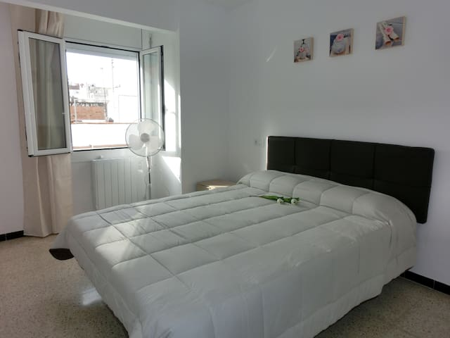 Appart in the centre + barbecue at 150m to beach - Roses - Apartamento