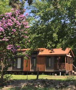 Tiny House - Cabin Style