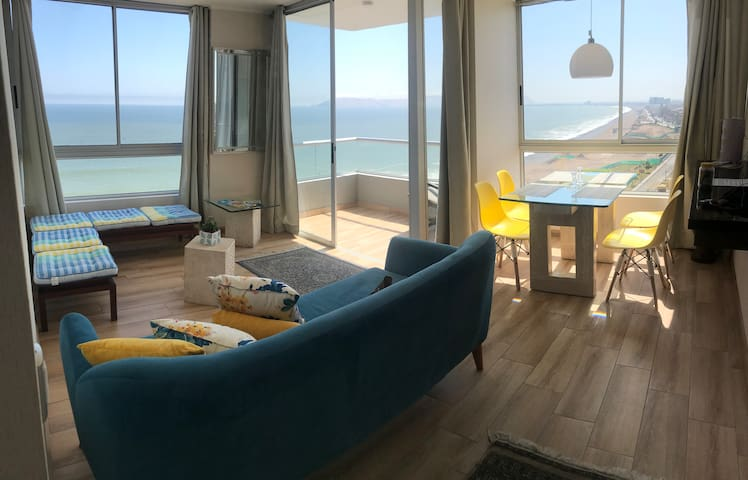 Ocean View Exclusive Apartament near Airport