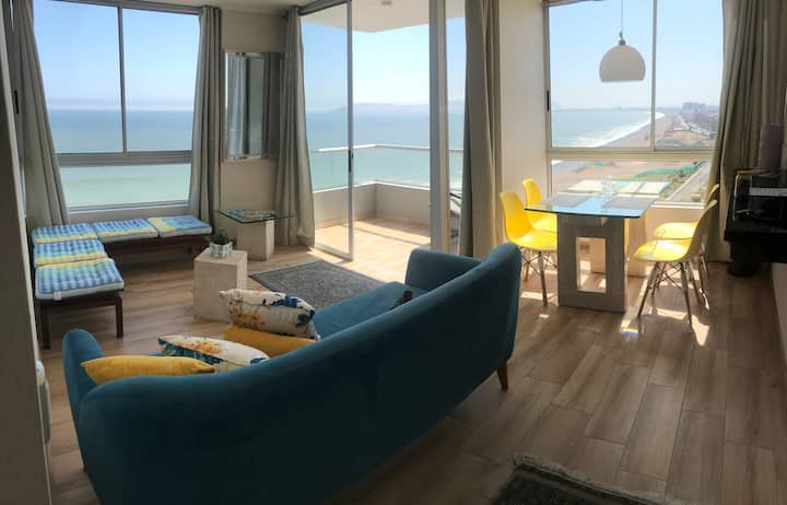 Oceanfront Exclusive Apartament near Airport