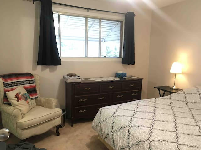 Bright master bedroom in central Rocky