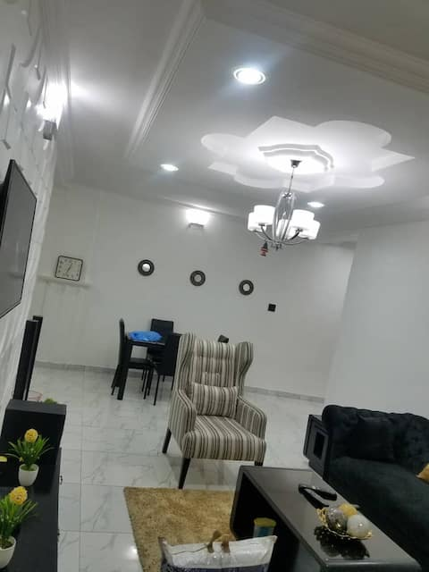 Fully Furnished Luxury 2 bedrooms apartment