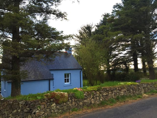 Powers Cottage on the Hill - Waterford - Ev
