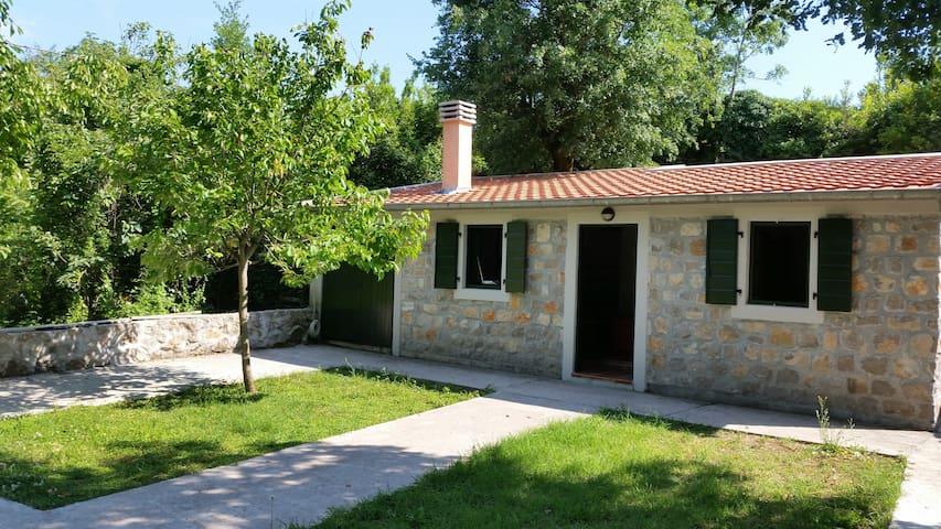 Belveder Cottage - Glavaticici - Dom