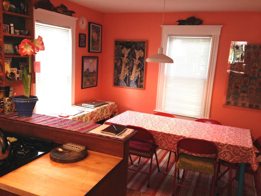 Dining area on the other side of the open-plan kitchen. Table for 6-8 people.
