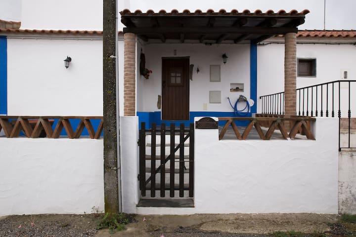 Casa de Vila Sara - Aldeia dos Marmelos, Alandroal - Villa