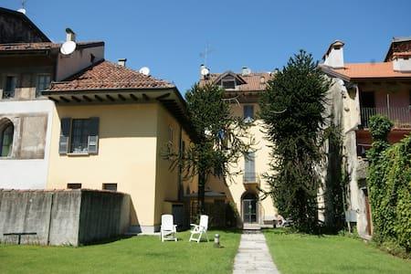 Cortile Medievale A4 - Cannobio