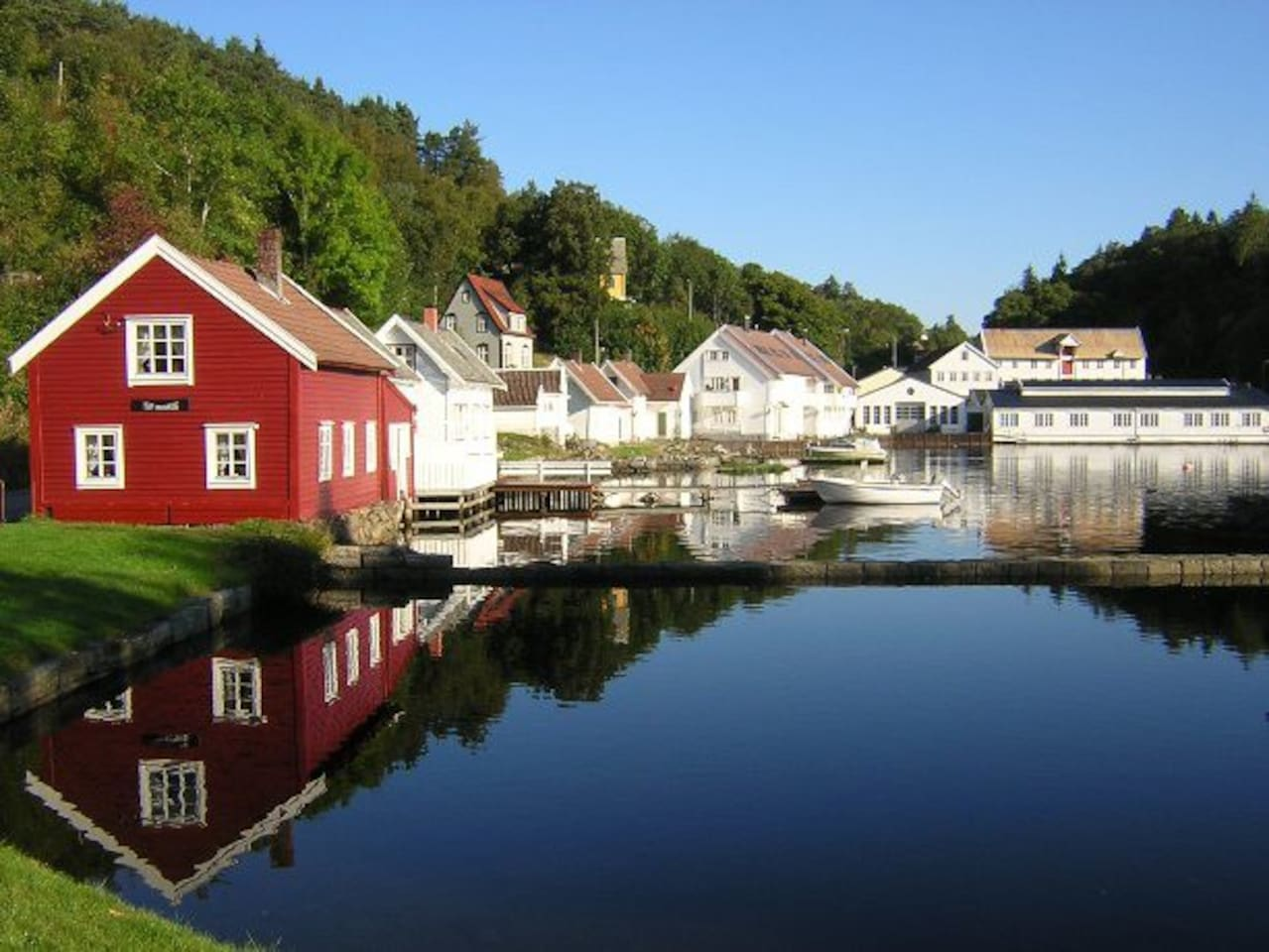 Strusshamn means Harbour, and this is the harbour, 200 meters from the apartment