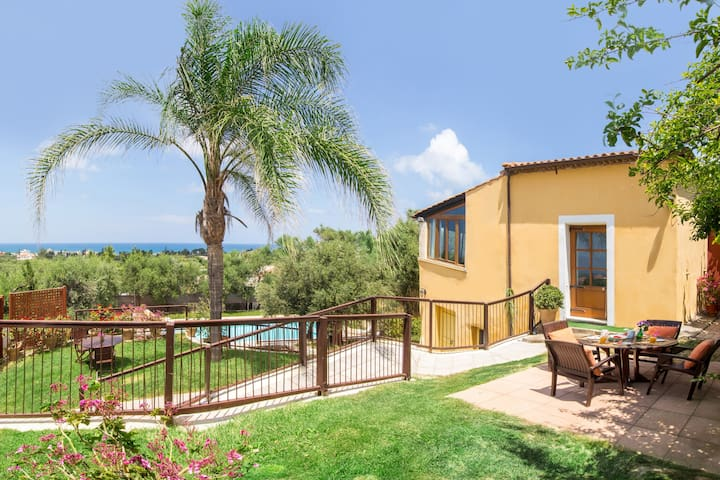 villa Palma, Pool, Lawns, Sea View - Chania - Villa