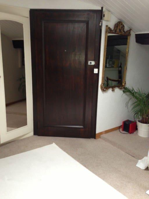 Entrance studio