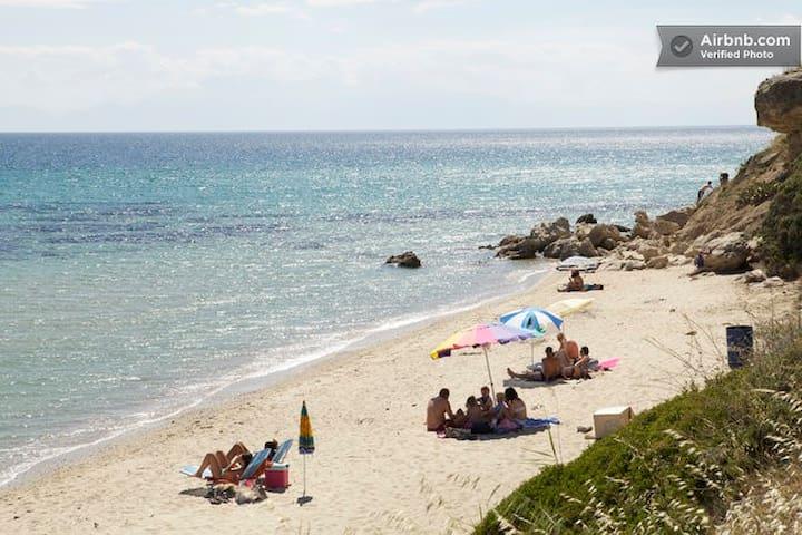 Wonderful Private Sea Residencies!