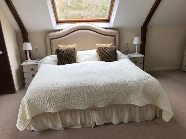 The Lodge Loft - quiet location.