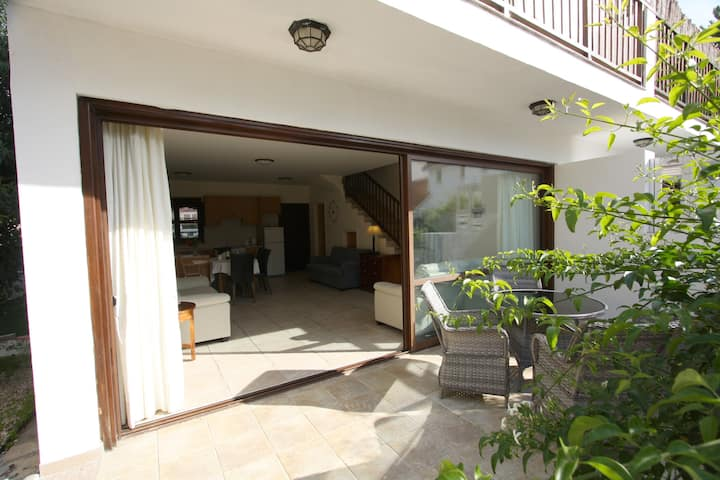 Pissouri Bay Villa  just a short walk to the beach