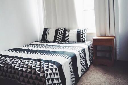 Sydney Cronulla Beach, 1 bedroom in a 2-bed apt - Cronulla