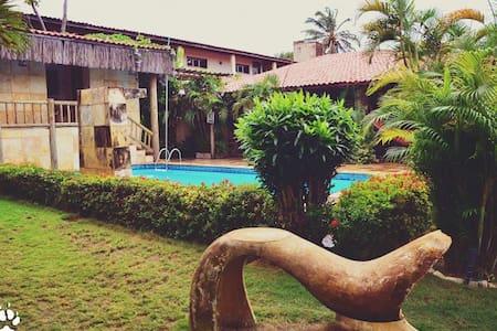 Suíte Rainha - Oca do Buda-GuestHouse - Cumbuco/BR - Oda + Kahvaltı