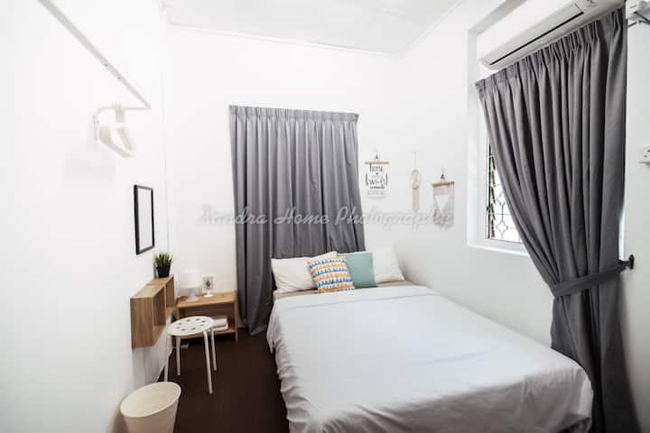 Cozy | Modern | Simple Private Room06 @ Georgetown