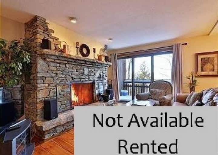 2 Bedroom Ledges Condo at Hawk Mtn. Perfect for 2 Couples.