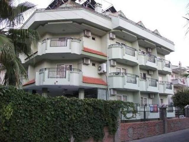 Ali Baba hostel Marmaris (хостел в Мармарисе)