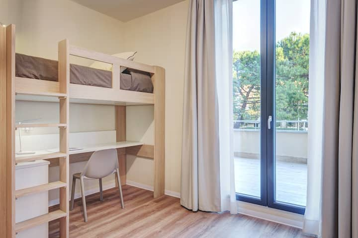 Student Accommodation - Socrate Room
