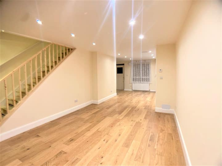 Clean one room for rent in shears house