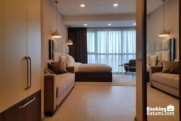 Stunning Beachfront Studio Apartment in Batumi