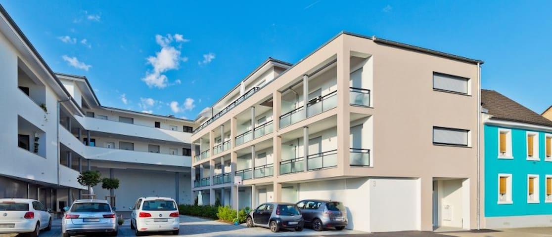braviscasa: Ferienresidenz Stadttor Sup. Studio - Endingen am Kaiserstuhl - Apartment