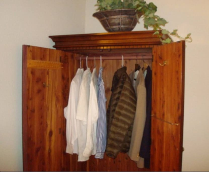 Great wardrobe space: 3-closets including Lane Cedar closet