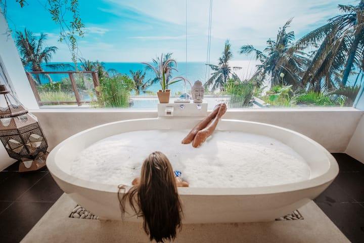 5 Bedroom Ocean Villa with Private Pool at Malimbu
