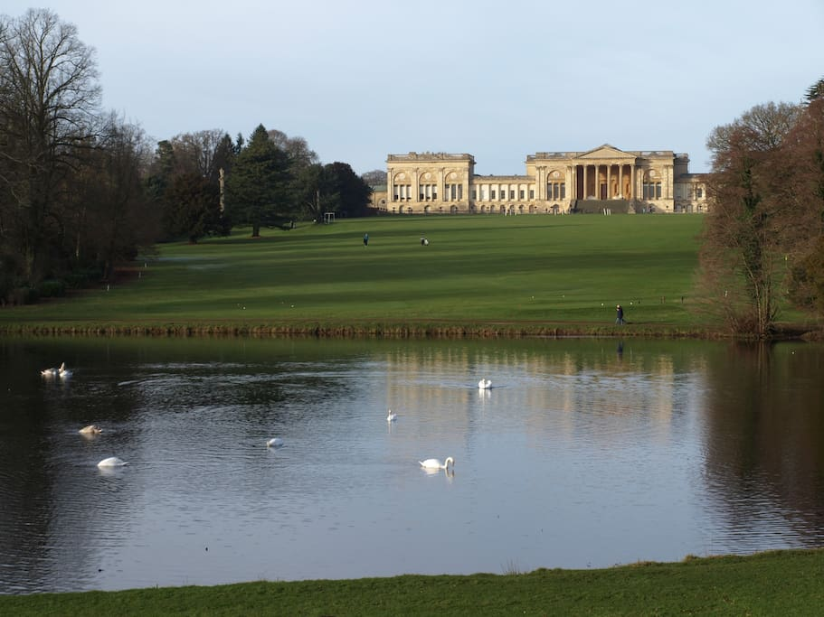 Beautiful Stowe Gardens and National Trust House and Gardens
