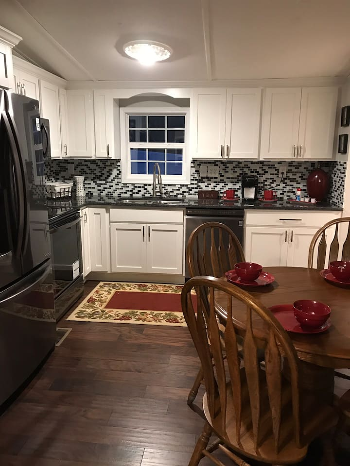 Beautiful new kitchen with new appliances