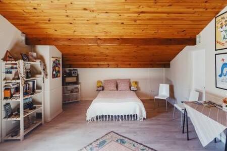 Grande chambre avec coin salon,36m2,SDB privée.4
