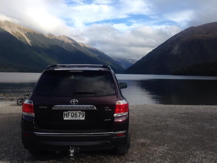 Hire car with Lodge