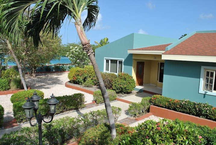 Ocean Front Villa sleeps 8