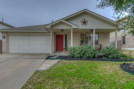 Furnished House in Round Rock - Round Rock - House