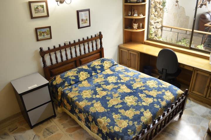 Your Private Bedroom in Medellín - 2nd Floor-Room1