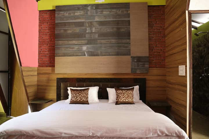 Deluxe Room With All Meals @ Resort in Lansdowne