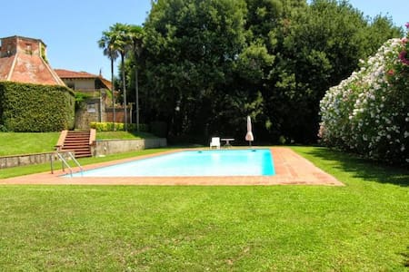 Charming villa with pool, peaceful position, 9 pax - Crespina