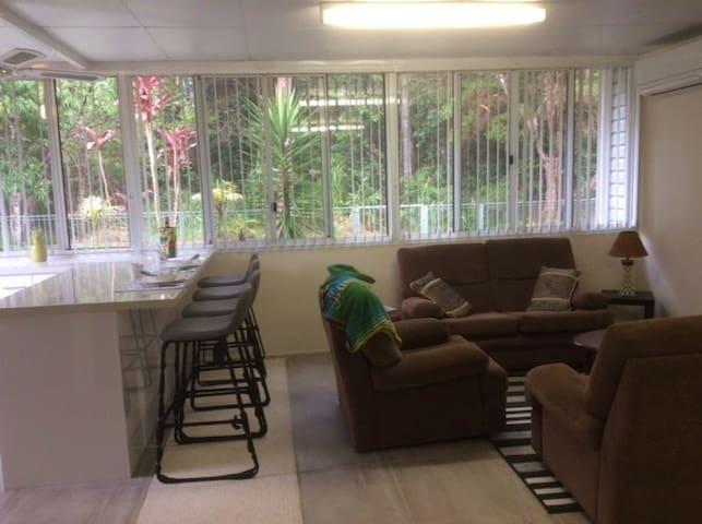 Shelly Beach Rainforest Executive Suite