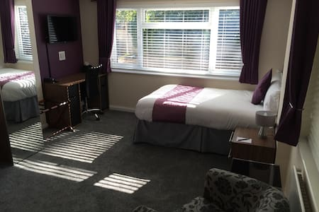 Self Contained Lodge Nr Coventry/Rugby/Leamington - Stretton-on-Dunsmore