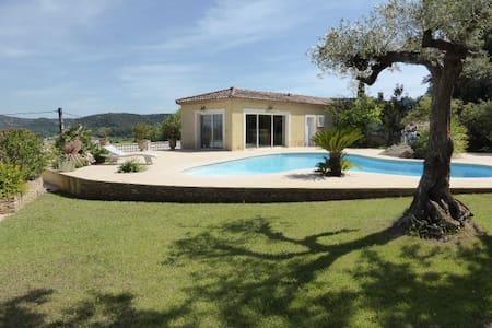 Pool house avec piscine et jardin aquatique - Gaujac - Hus