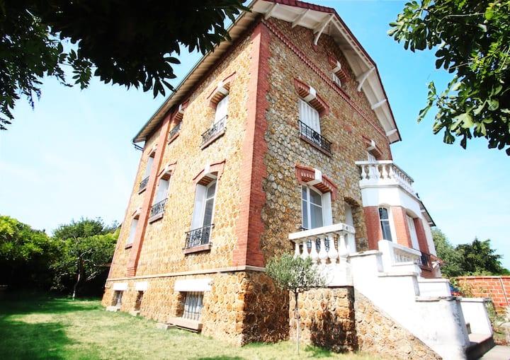 Appartement meublé dans une maison à Chatou