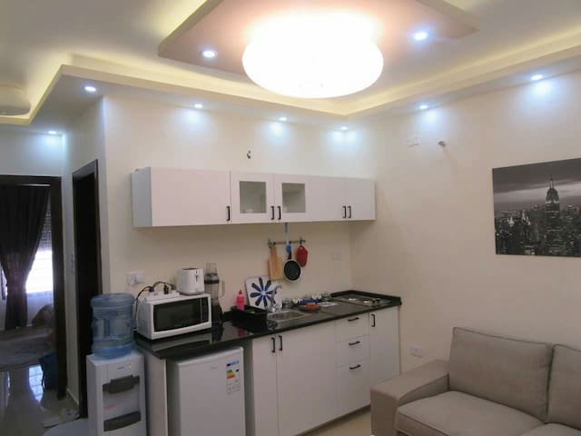 NEW COZY apartment (heart of amman) - Amman, 7th circle, behind c-town