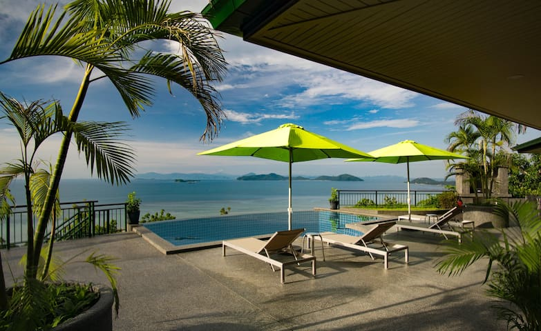 2 Bed Sea View Villa Moonstone with Pool & Jacuzzi