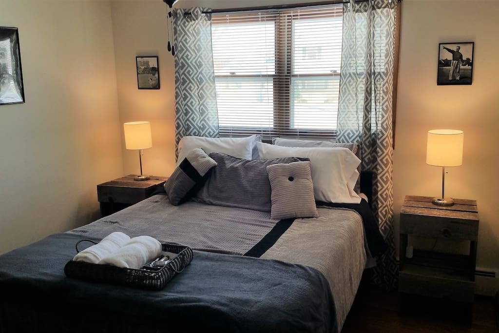 Curly, Lombardi Room! Soft, Comfortable Queen Bed